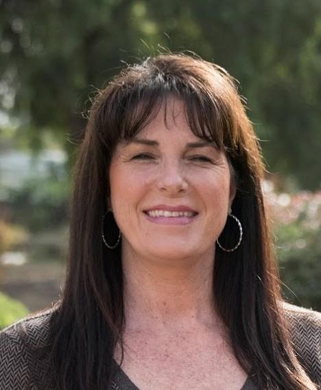 Trina Hineser : San Martin